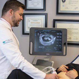 doctor-marco-chazaro-ultrasonido-2d-4d-3d-consultorio-obgyn